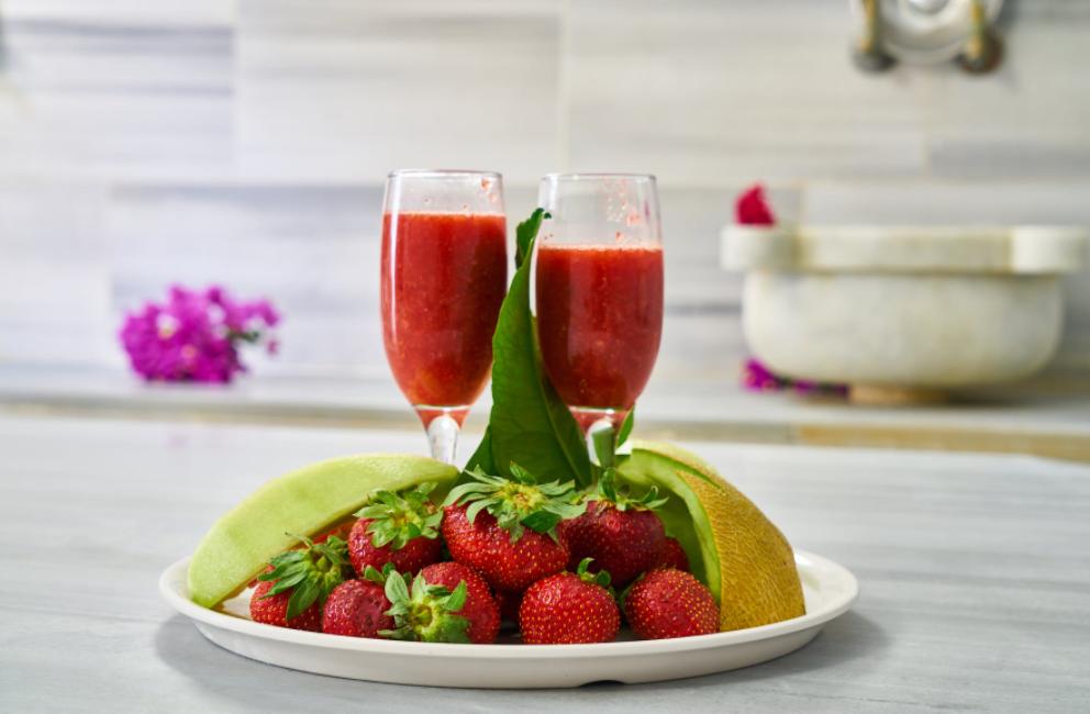 manfaat jus strawberry